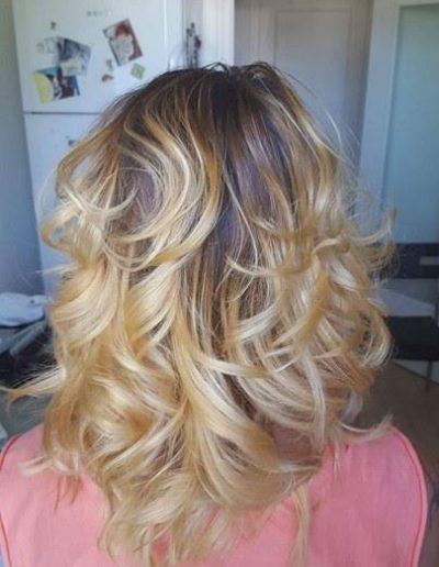 coupe-de-cheveux-coloration-meche-soin-cheveux-coiffure-a-domicile-grenoble-38000-voiron